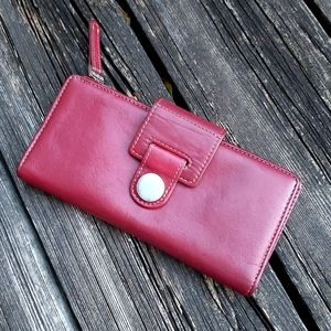 Vintage Kennith Cole Reaction Red Leather Wallet